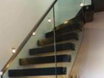 Balustrades-Black-Hollow-Staircase
